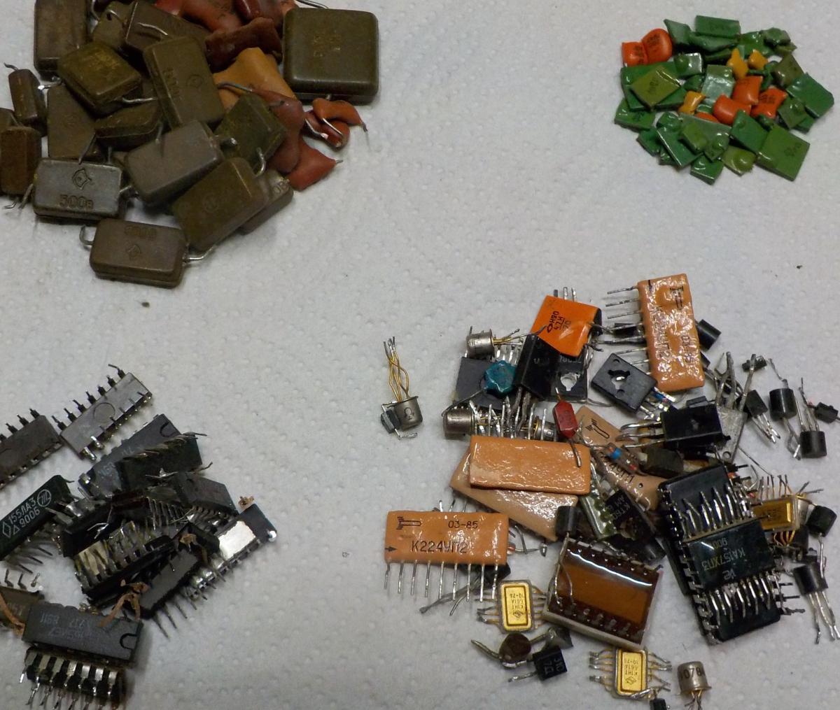 фото радиодеталей реле содержания золота разнообразные