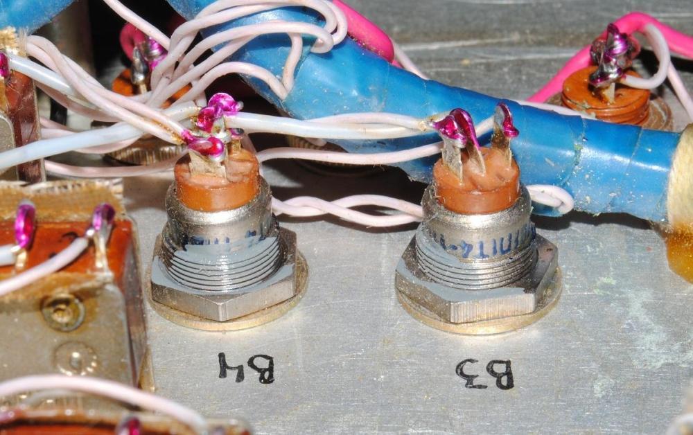 032.thumb.JPG.a6f774fbd7e4e94a1ccb10e15efcd496.JPG