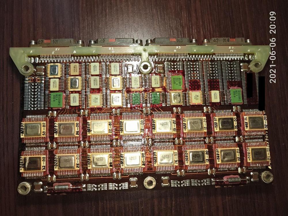 P10606-200953.thumb.jpg.30e644e3617a1aebd872600601ccceb5.jpg